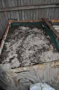 Add a fine layer of wood ash